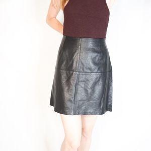 VINTAGE ADRIENNE VITTADINI Leather Mini Skirt 1170